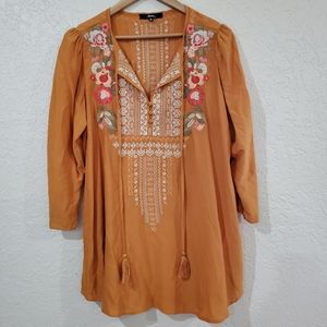Andree Embroidered Floral Boho Tunic Top Size Med